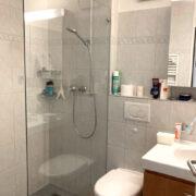 1. Dusche / WC